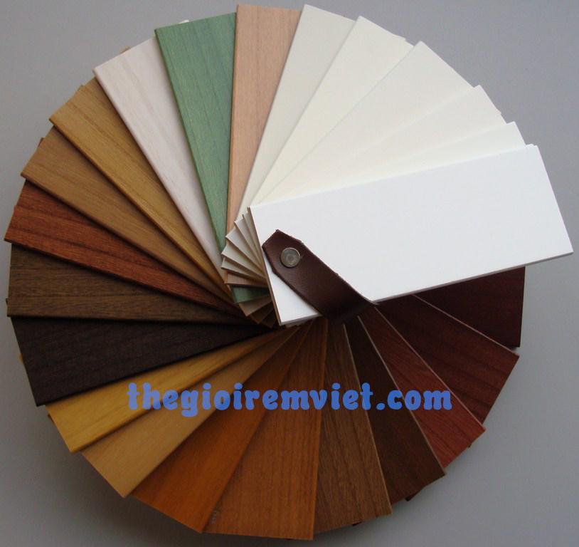 mẫu màu rèm cửa gỗ
