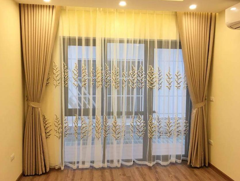 mẫu rèm cửa chính